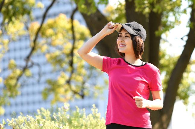 有酸素運動をする女性