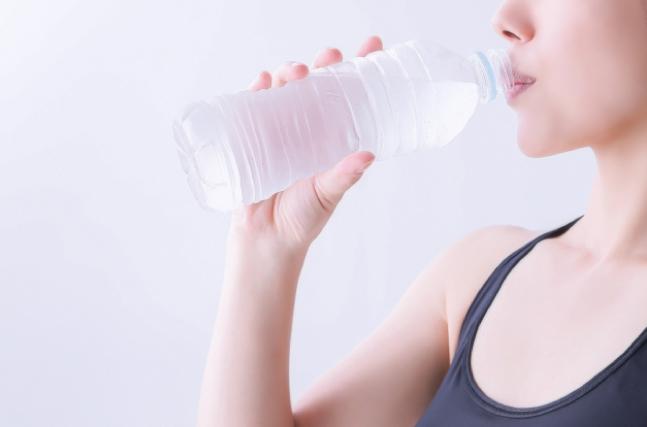 水を摂る必要性とは